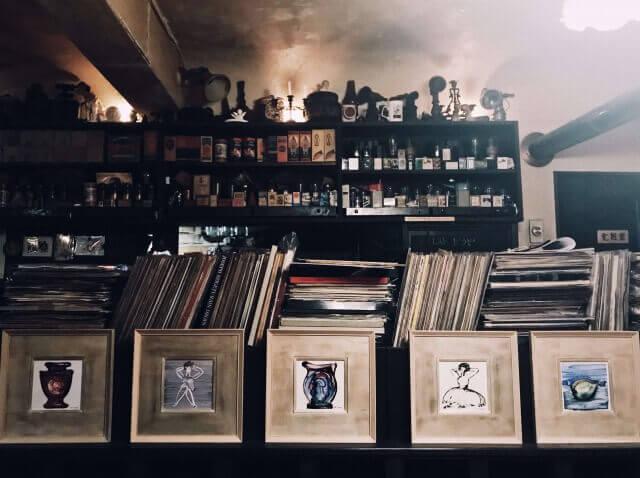 名曲喫茶ヴィオロン・レコード